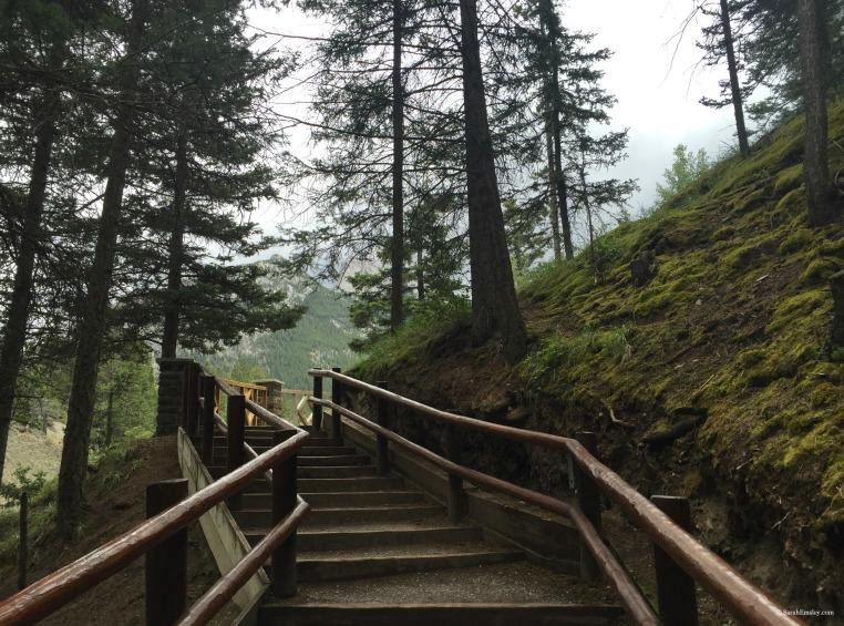 Bow Falls Trail